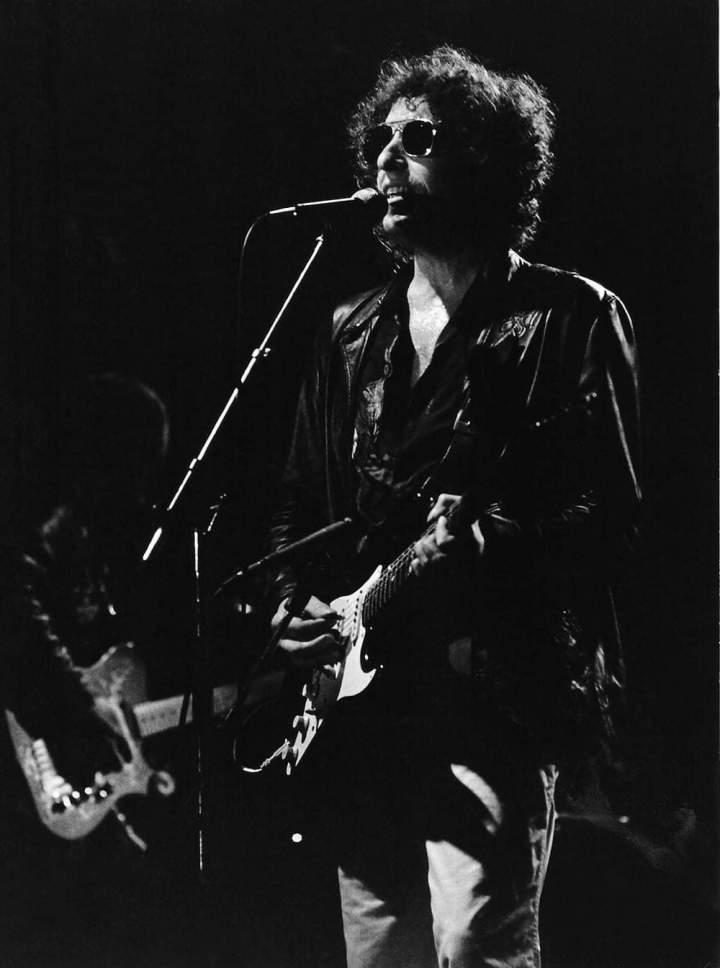 Bob Dylan 80